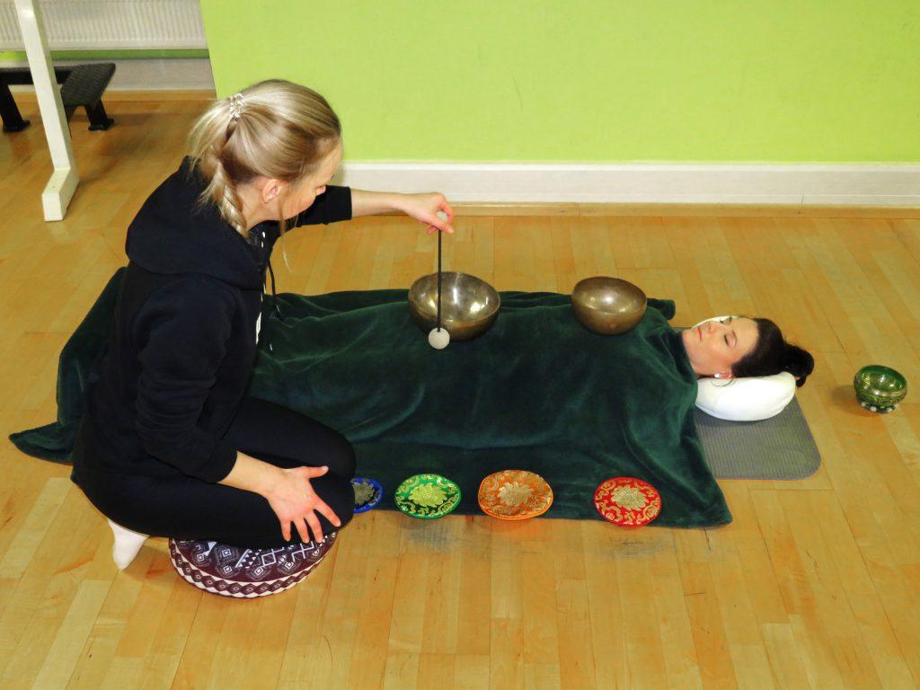 Klangmassage, Massage,Klangschalen